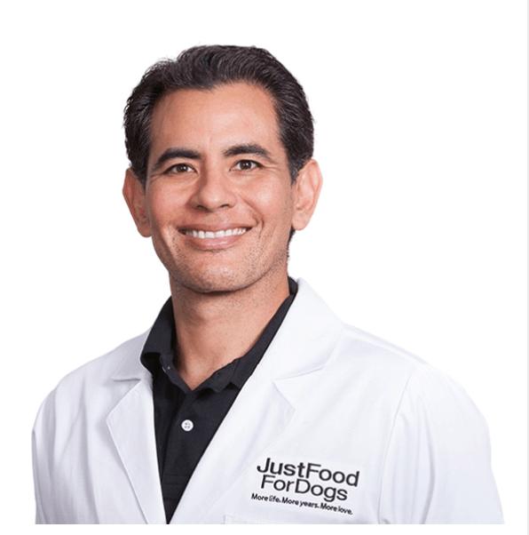 dr-oscar-chavez-best-dog-food-for-allergies-pet-connection-worldwide